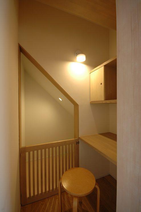 階段下のドッグコーナー